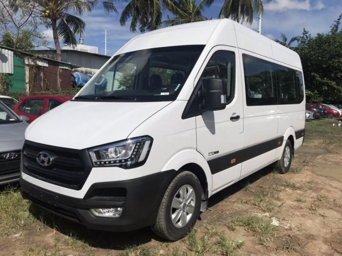 Xe Solati 16 chỗ, sản xuất 2018 3