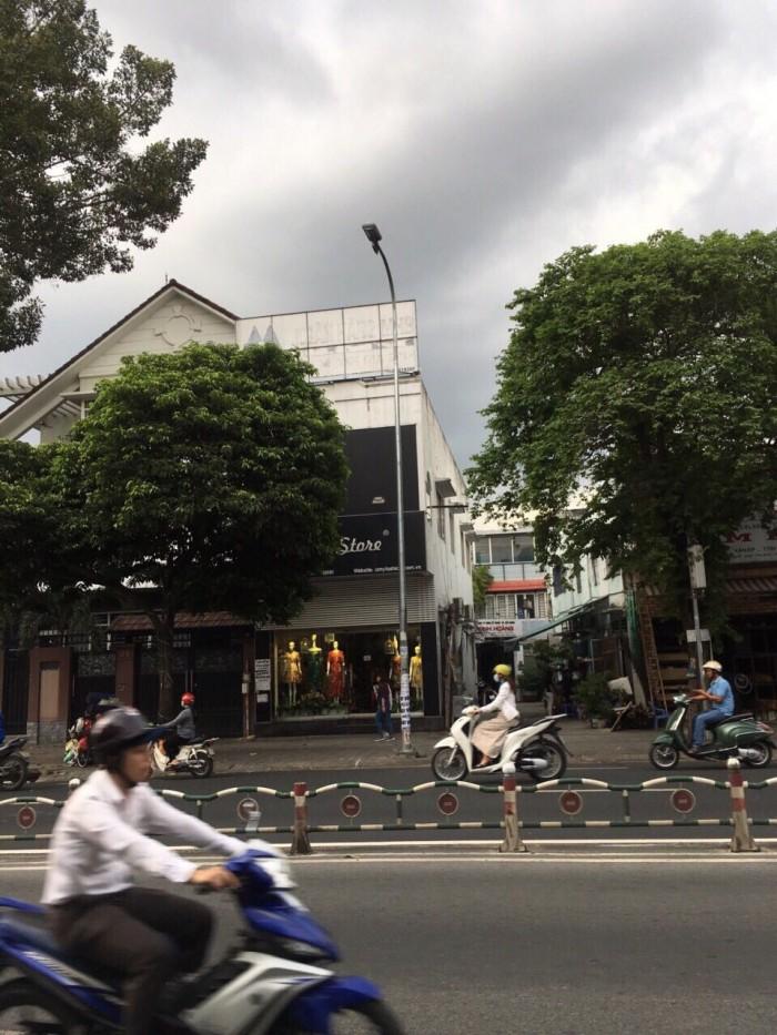 Bán nhà Góc 2 MT Phan Đăng Lưu. 5x20. 1 lầu.