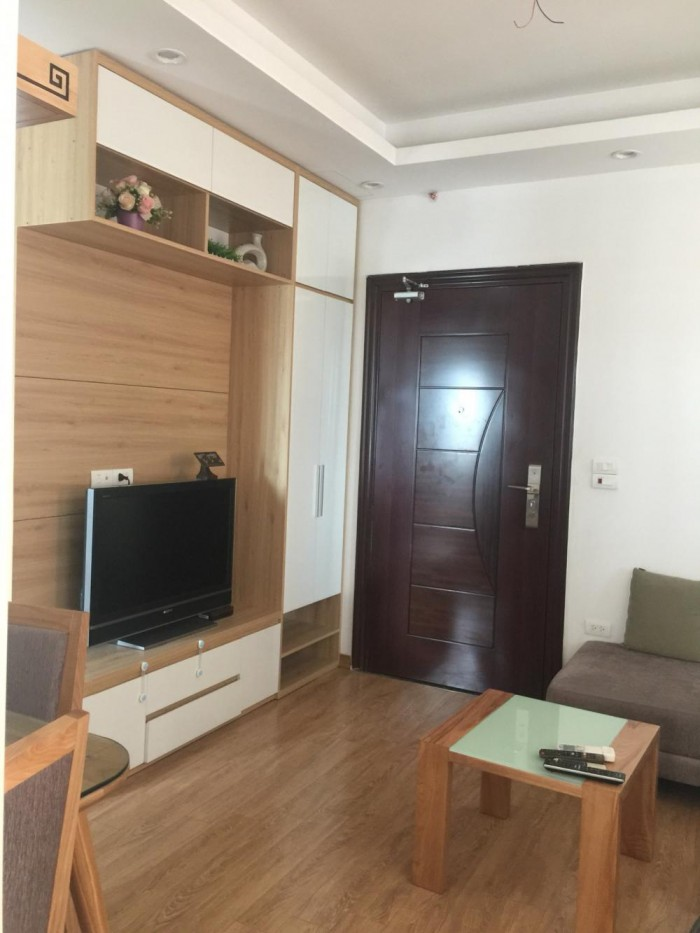 Cho thuê gấp căn hộ CC Nghĩa Đô - Nội thất cơ bản/ hoàn thiện giá rẻ nhất