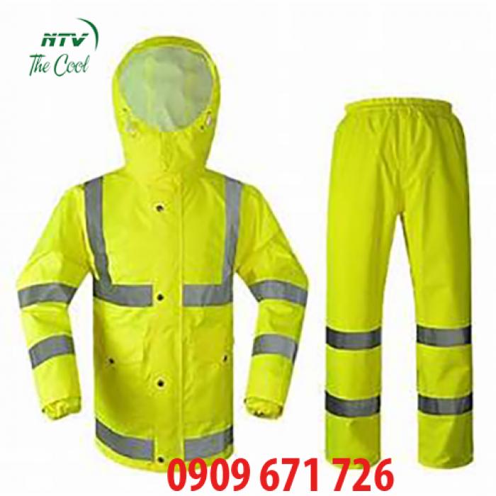 Xưởng may áo mưa cánh dơi giá rẻ, may áo mưa bộ vải dù giá tốt nhất