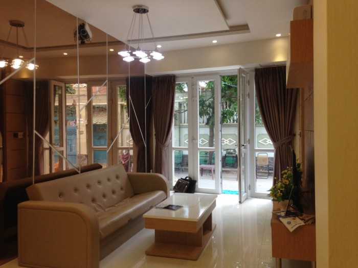 Bán căn nhà MT Lý Thường Kiệt, 5x16, 1T, 1L, 3 lầu