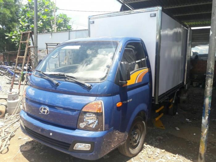Giá Xe Tải Hyundai H150 1.5 Tấn Thùng Kín Composite , Hỗ Trợ Vay Đến 90% , Xe Giao Ngay