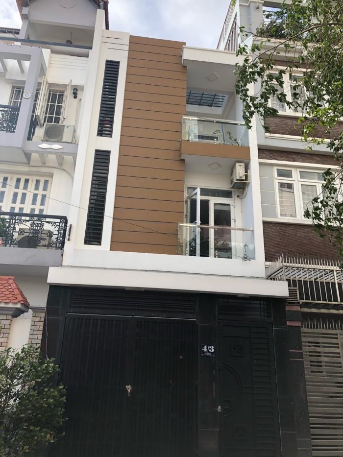 Di cư sang Úc đoàn tụ gia đình cần bán gấp nhà 120m2 Lương Định Của, Q2. Giá: 5.5 tỷ.