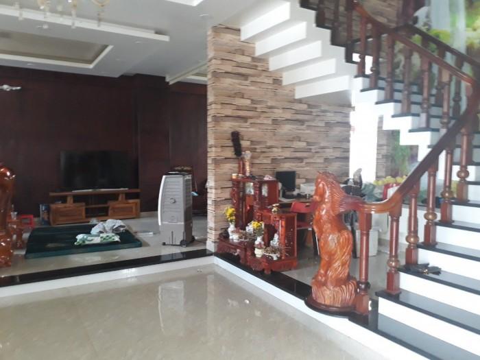 Nhà phú nhuận 8,2 tỷ đường Nguyễn Văn Trỗi, hẽm 7m, 75m2, 3 tầng.
