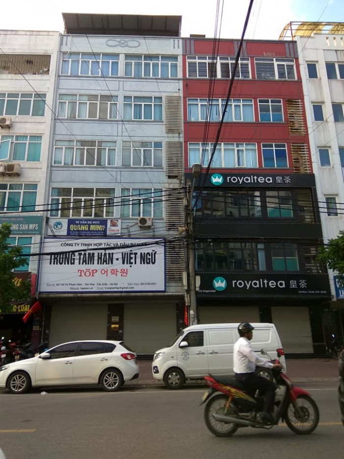 Mặt phố Cửa Nam, Hoàn Kiếm: 50m2, mt 4.5m, 5 tầng, 60tr/th. Thời trang spa, nha khoa.