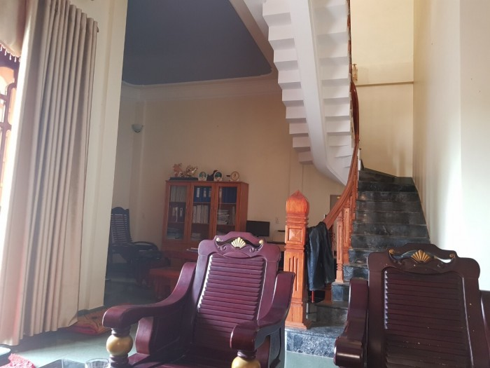 Bán nhà nguyên căn 2 tầng 2 mặt tiền TP Đồng Hới, Quảng Bình
