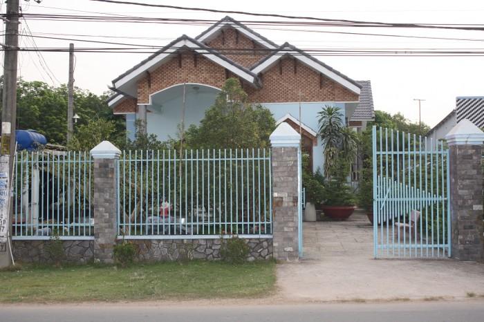Cần Bán Gấp Nhà Biệt Thự Mini Vườn Binh Tân 240M2