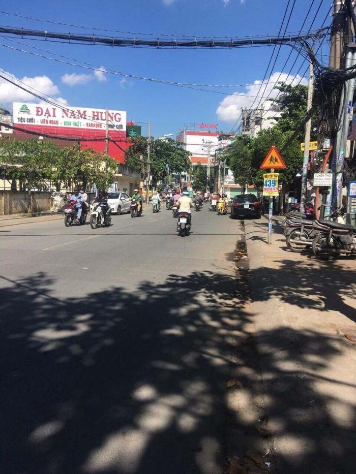 Bán gấp đất đường trải nhựa Phúc Đồng chỉ 2,4 tỉ.