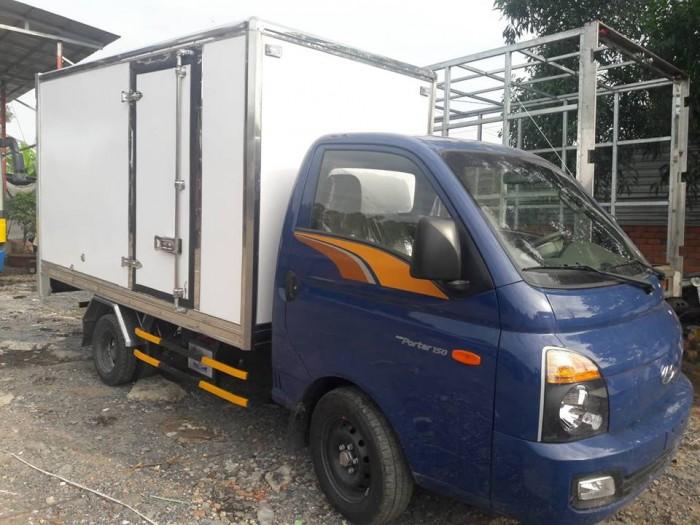 Xe Tải Hyundai H150 1.5 Tấn Thùng Kín Composite , Giao Xe Ngay Tặng Tiền Mặt Đến 20 Triệu 4