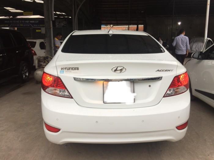 Bán Hyundai Accent 1.4AT 2012, màu trắng, giá TL, hổ trợ góp
