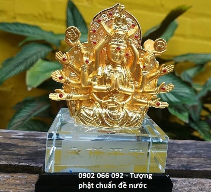 Chất liệu: hợp kim bền màu, màu sắc vàng sáng,tặng kèm nước hoa - số lượng quà tặng có hạn sẽ kết thúc khi hết hàng tặng Kích thước: 8x12,5cm, có chỗ bơm nước hoa Trọng lượng 700g4