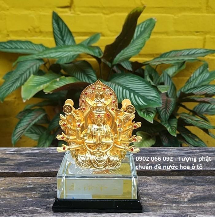 Chất liệu: hợp kim bền màu, màu sắc vàng sáng,tặng kèm nước hoa - số lượng quà tặng có hạn sẽ kết thúc khi hết hàng tặng Kích thước: 8x12,5cm, có chỗ bơm nước hoa Trọng lượng 700g3
