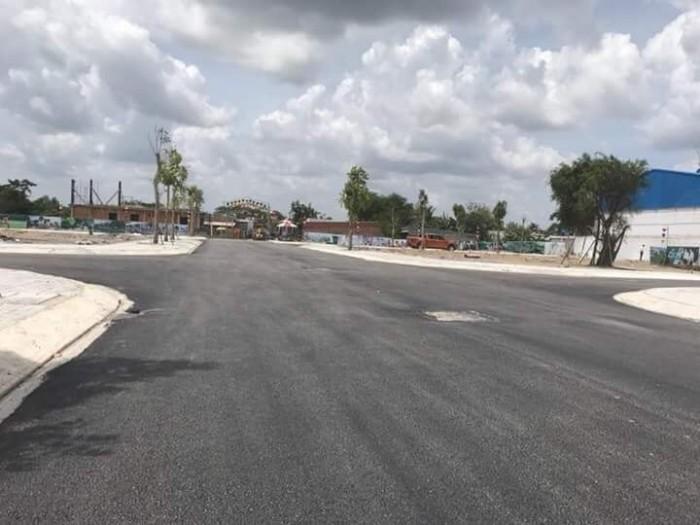 Cần bán đất mặt tiền đường QL14 ngay KCN Becamex