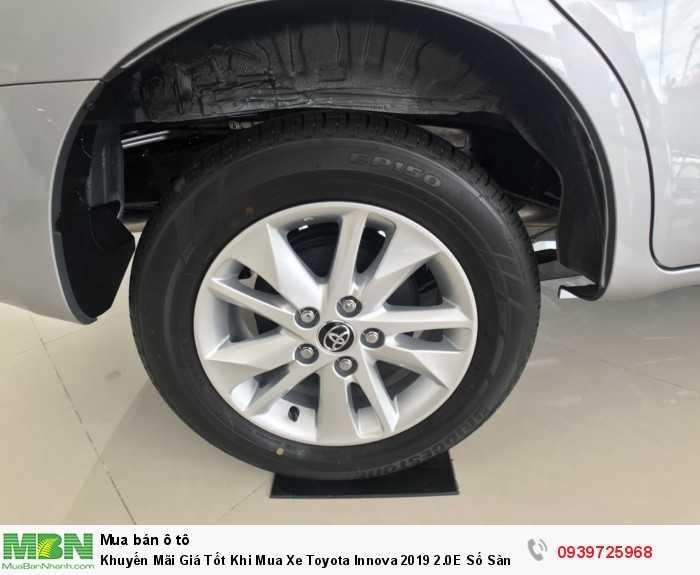 Khuyến Mãi Giá Tốt Khi Mua Xe Toyota Innova 2019 2.0E Số Sàn Mới. Mua Trả Góp chỉ cần 180tr.