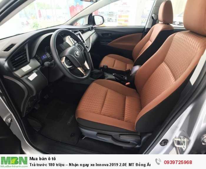 Toyota Innova 2019, Nội thất rộng rãi, tiện nghi cao cấp, nhiều chương trình khuyến mãi khi khách hàng gọi tới hotline 0939 725 968