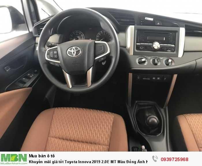 Khuyến mãi giá tốt Toyota Innova 2019 2.0E MT Màu Đồng Ánh Kim – Trả trước 180tr nhận xe