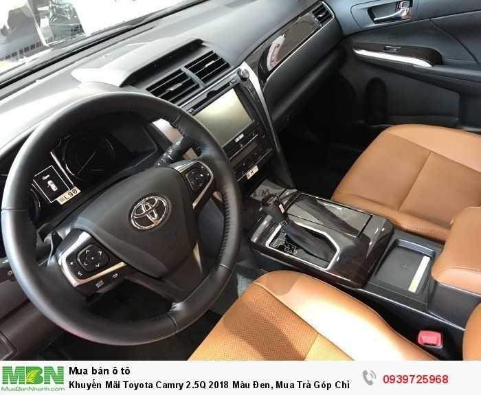 Khuyến Mãi Toyota Camry 2.5Q 2018 Màu Đen, Mua Trả Góp Chỉ Cần 250Tr. Vay 8 năm.