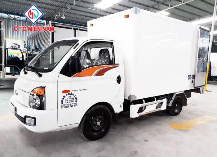 Hyundai H150 sản xuất năm  Số tay (số sàn) Xe tải động cơ Dầu diesel