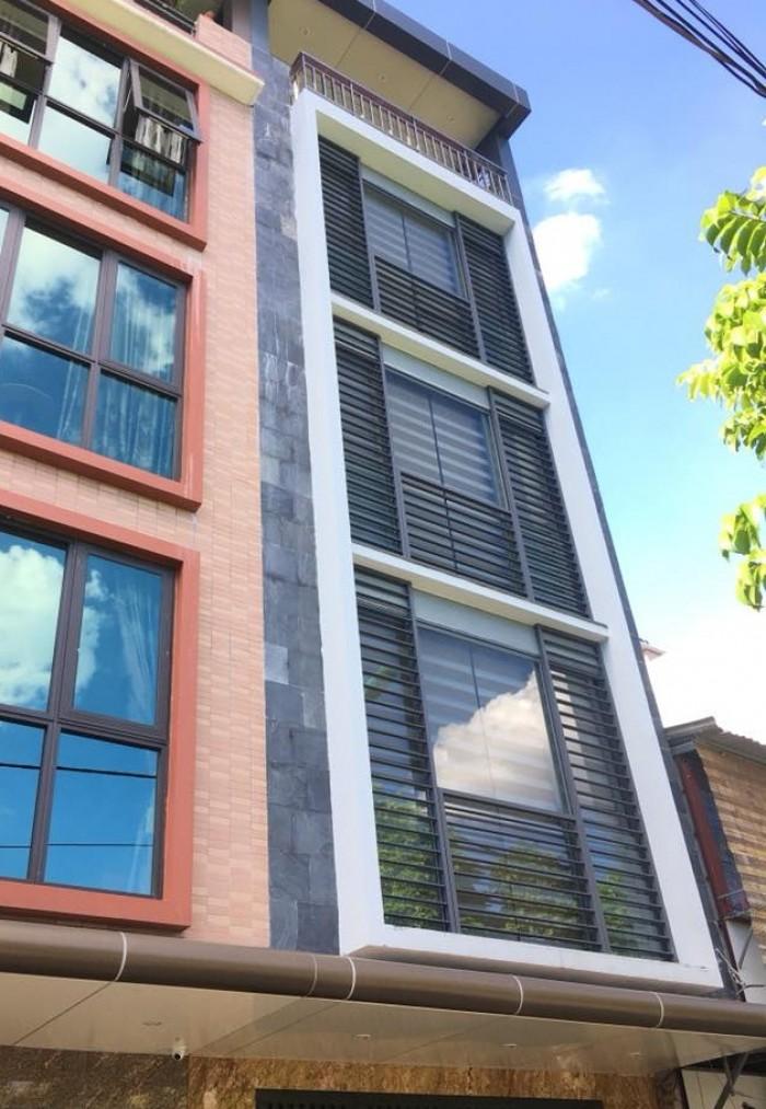 Chính chủ bán nhà mặt  ngõ 95 Hoàng Cầu, 52m*5 tầng,MT 4,5m vỉ hè, oto tránh