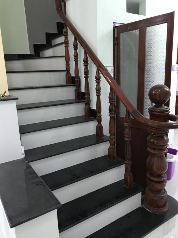 Bán nhà mặt tiền đường 359 ngay Dương Đình Hội, DT sàn 173 m2