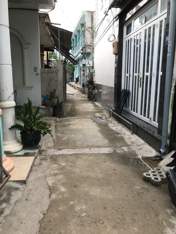 Bán nhà 1 lửng hẻm 994 đường Huỳnh Tấn Phát phường Tân Phú Quận 7, DT 3.2*8.5m