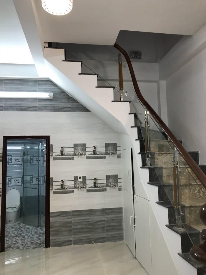 Bán nhà 1 lầu hẻm 1225 Huỳnh Tấn Phát phường Phú Thuận Quận 7, DT 4*18 m