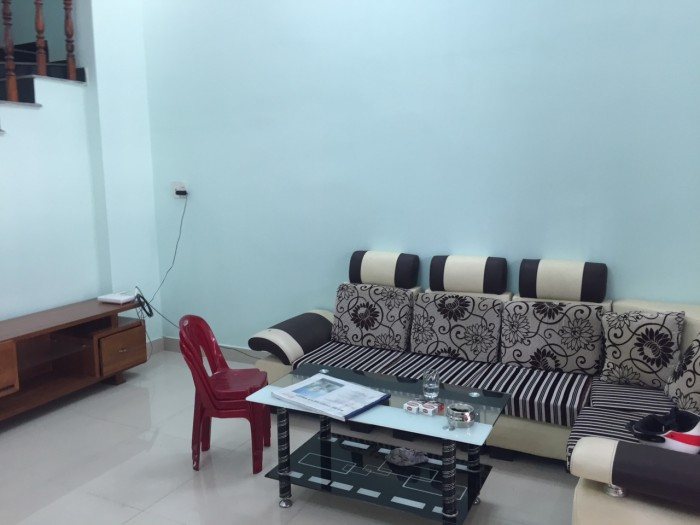 Cần bán nhà ngay đường Tô Ngọc Vân, Q12 , nhà 1trệt 1lầu nhà  mới SHR .
