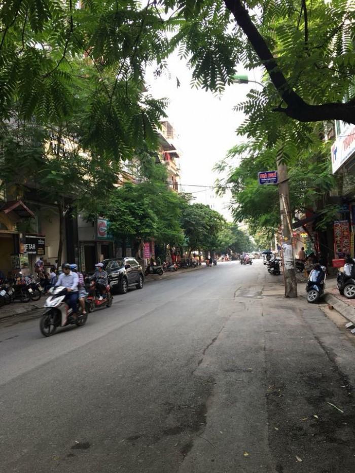 Hot Hot có 1 0 2: Nhà 4 tầng 65m2 mặt phố Phan Văn Trường mt 5m