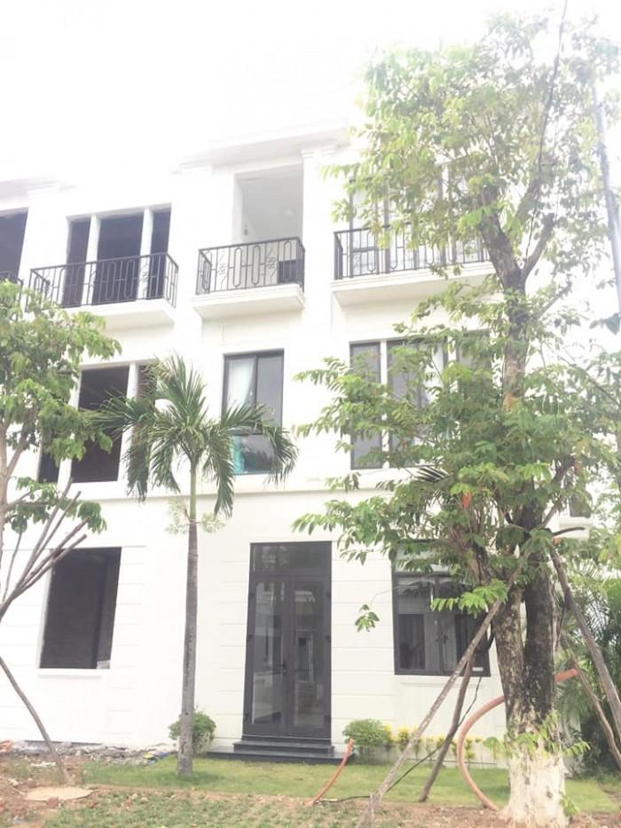 Nhà phố kinh doanh mặt tiền đường 60m, 3 tầng ngay trung tâm TP Huế