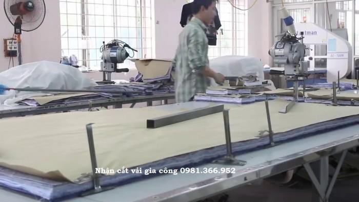 Nhận cắt vải gia công