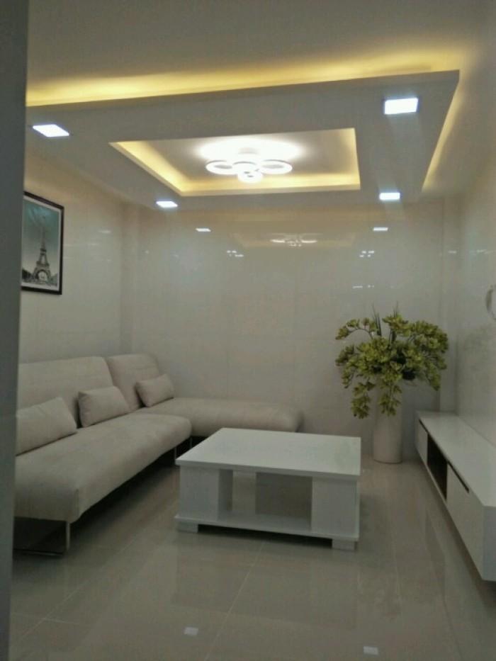 Bán nhà MT Bạch Vân, Q.5, Dt: 4x17m, 1 lầu