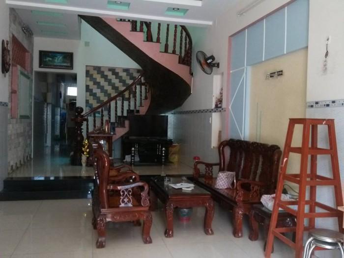 Nhà đẹp đường Ông Ích Đường có 2 lầu, 122m ngang 6m