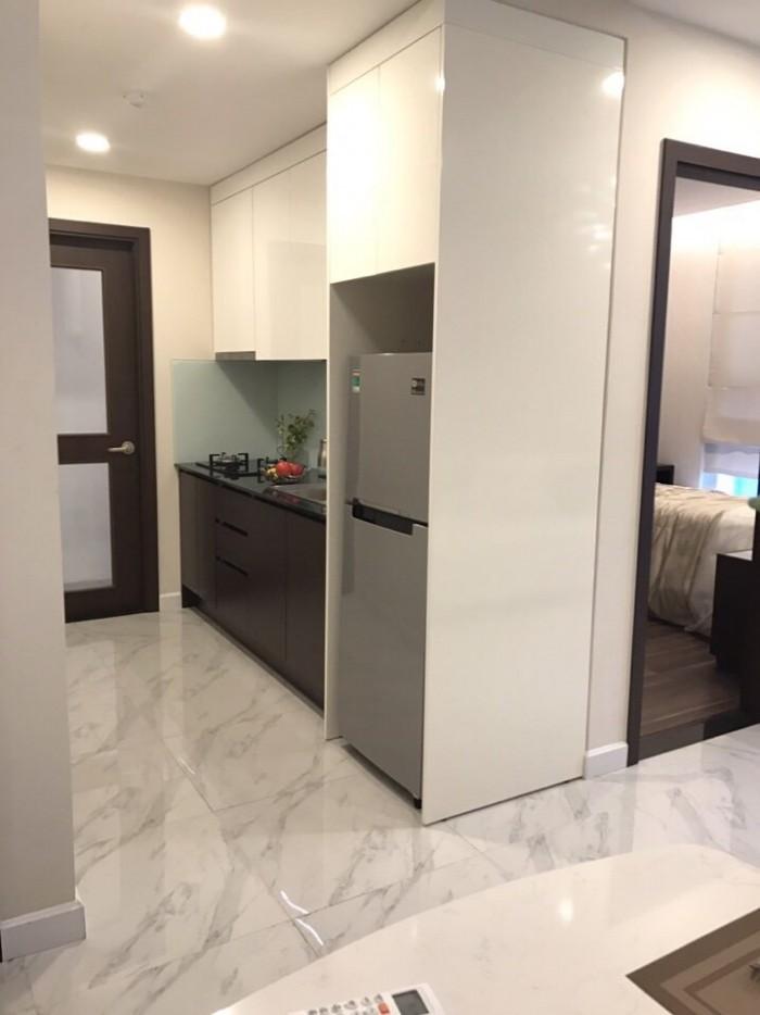 Bán chung cư Luxury ngay mặt tiền đại lộ BD , nhận nhà ở ngay , bàn giao 50% nội thất cao cấp