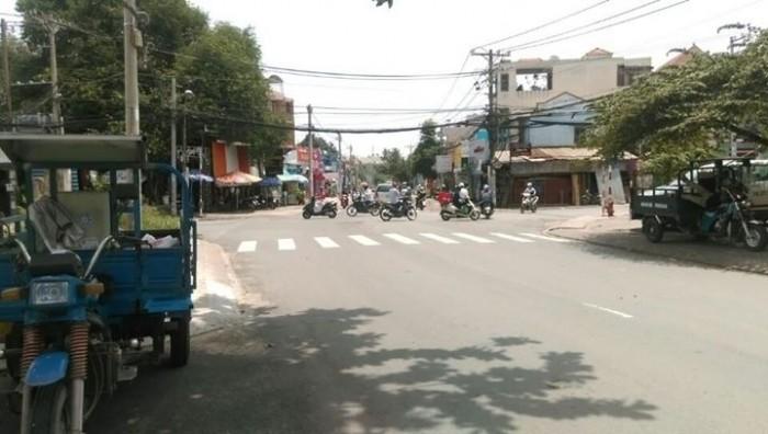 Bán nhà trong hẻm xe hơi 767 Trần Hưng Đạo, P1, Q5