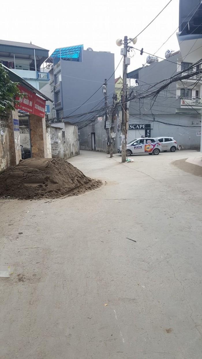 Bán mảnh đất mặt đường lô góc Xuân La 160/253m2,  mặt tiền 25m