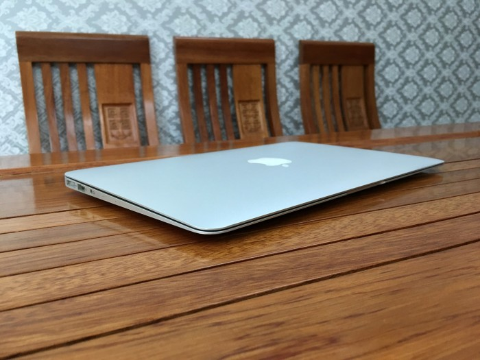 Macbook Air 11 Mid 2013 Core i5 4250 Ram 4 SSD 1282