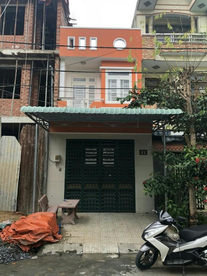 Căn nhà 1 trệt 1 lầu, sổ hồng riêng ngay khu tái định cư quận 5, Bình Hưng Hòa B, Bình Tân.