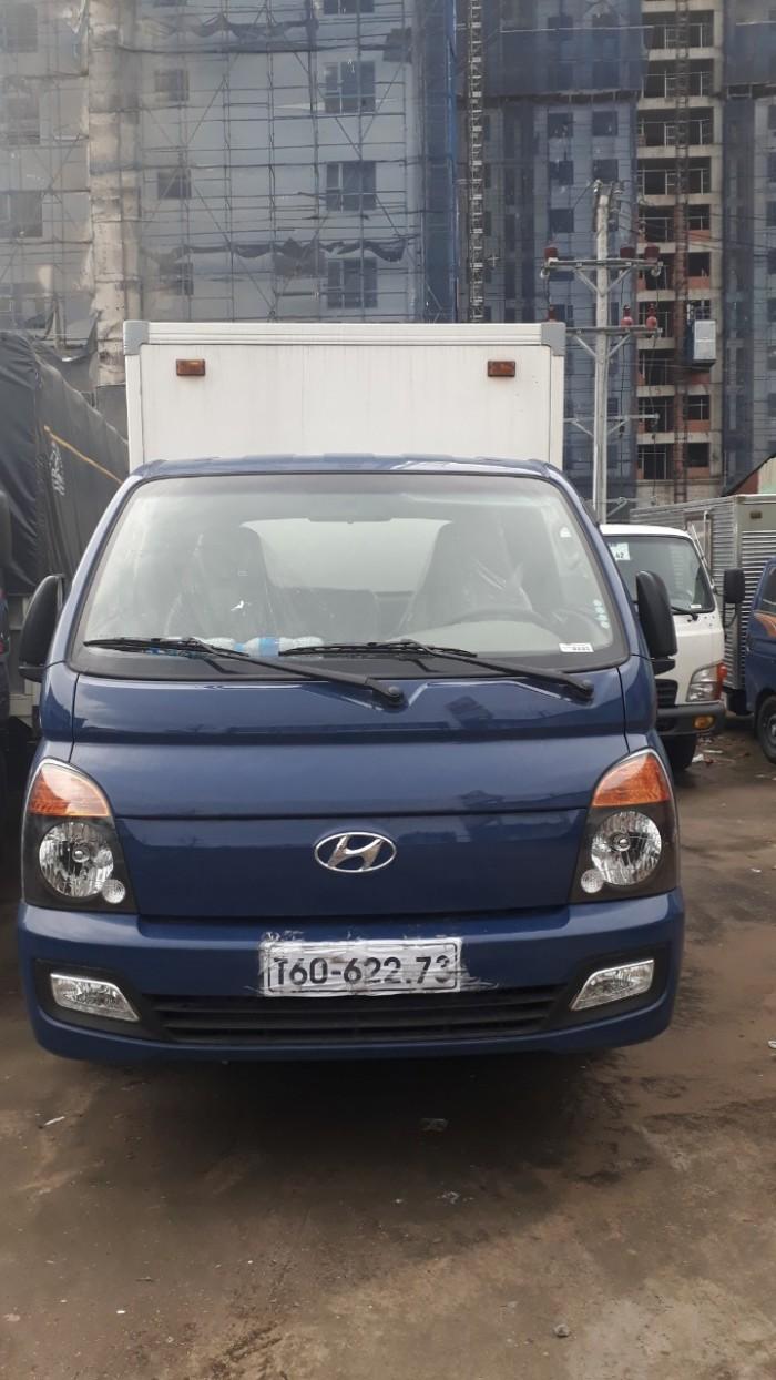 Khuyến mãi lớn mua xe tải Hyundai H150 thùng kín inox 5