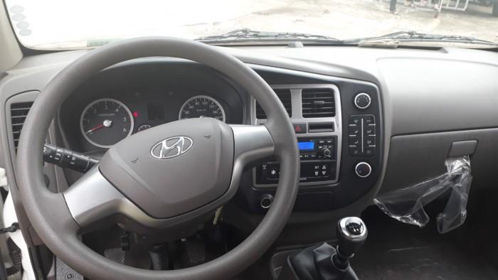 Khuyến mãi lớn mua xe tải Hyundai H150 thùng kín inox