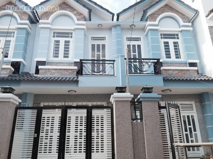 Bán nhanh căn nhà Phạm Hùng và 1 căn nhà Bình Chánh