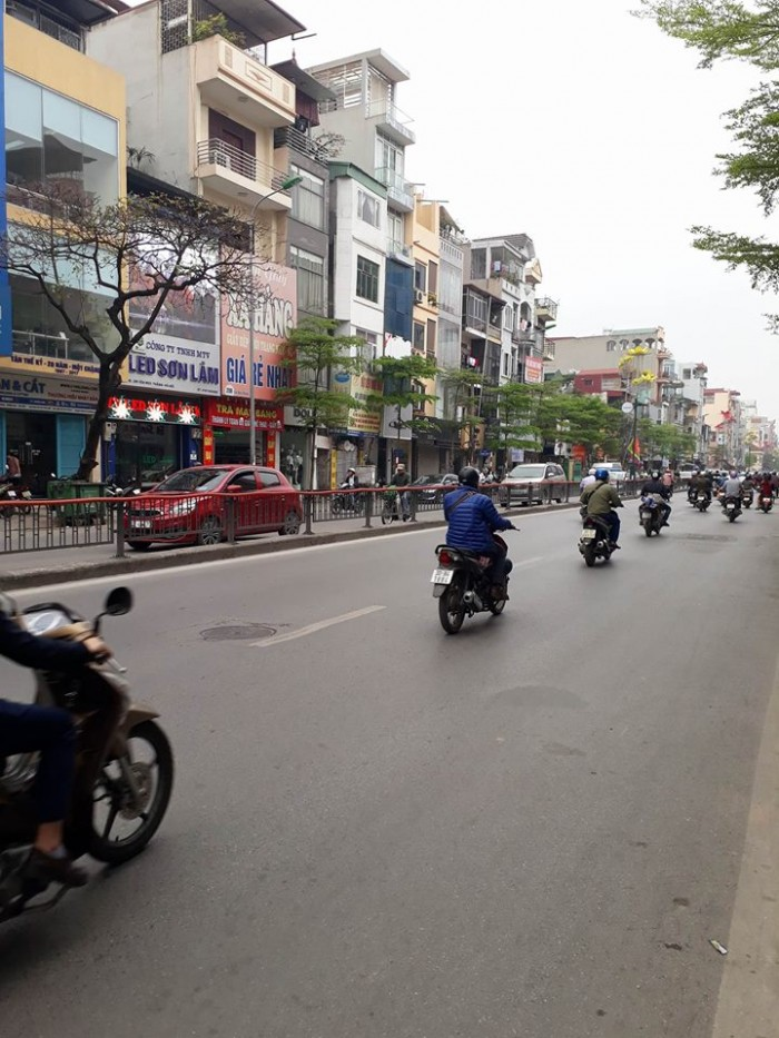 Bán nhà mặt phố Lê Thanh Nghị Hai Bà Trưng diện tích 39m2x5 tầng, kinh doanh cực tốt