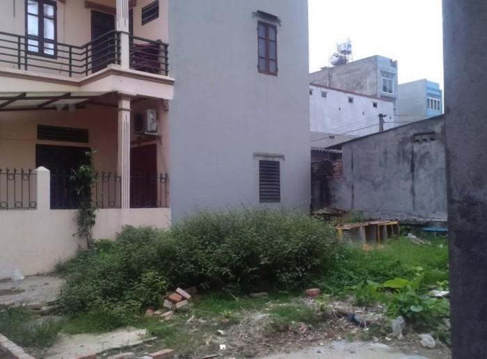 Cần bán gấp lô đất đường Nguyễn Hữu Trí, sổng hồng riêng, xây tự do, 80m2