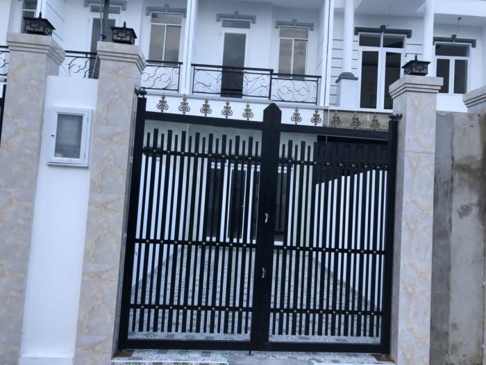 Bán nhà 1 trệt 2 lầu, sân thượng hẻm 1806 đường Huỳnh Tấn Phát, Nhà Bè, nhà mới hoàn toàn diện tích 85m2 giá 3.7 tỷ
