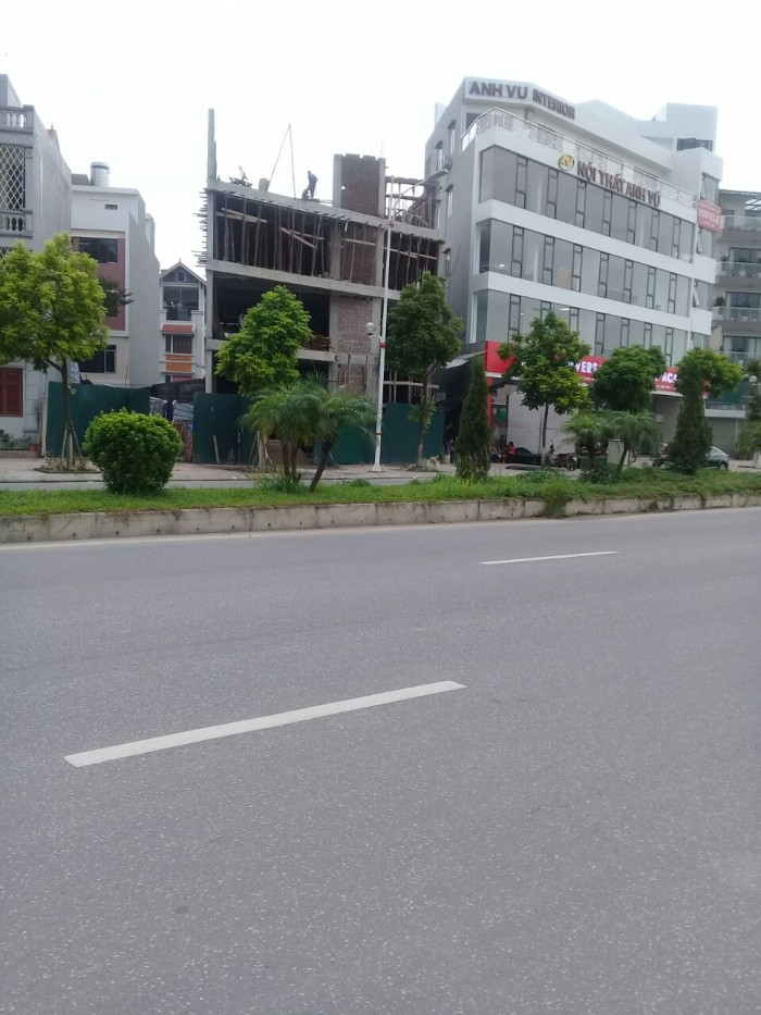 Chính chủ bán đất mặt phố  Thạch Bàn, LB, HN, DT 88m, giá  127tr/m
