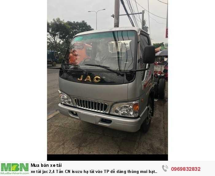 xe tải jac 2,4 Tấn CN isuzu hạ tải vào TP dễ dàng thùng mui bạt 3,72m