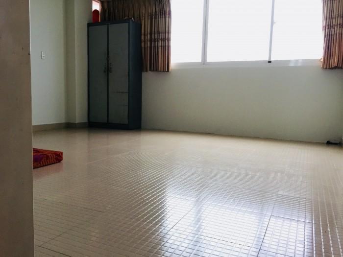 Cho thuê phòng trời đầy đủ tiện nghi đường Lê Văn Thọ