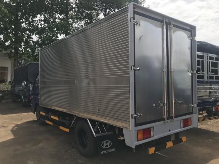 Khuyến mãi mua xe tải Hyundai IZ49 2.4 tấn, trả trước chỉ 80 triệu, đóng thùng theo yêu cầu - Hyundai Vũ Hùng cam kết giá xe tải rẻ nhất miền Nam - Gọi 0933638116 (Mr Hùng 24/24)