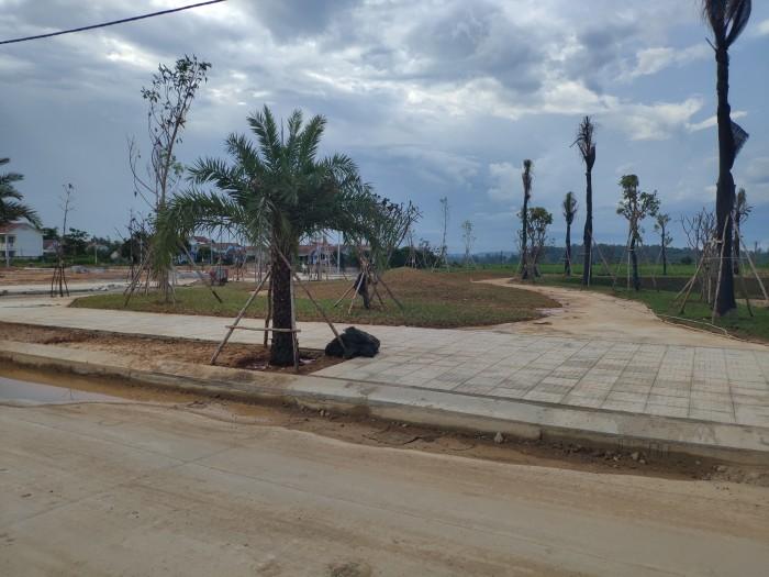 Bán lô đất TT thành phố mặt tiền Nguyễn Công Phương