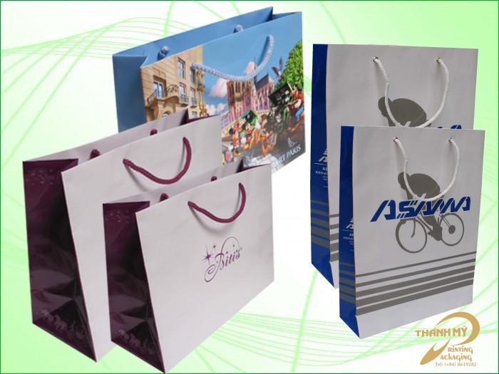 Chuyên in ấn các loaị túi sách, catalogue, tem, poster, hộp