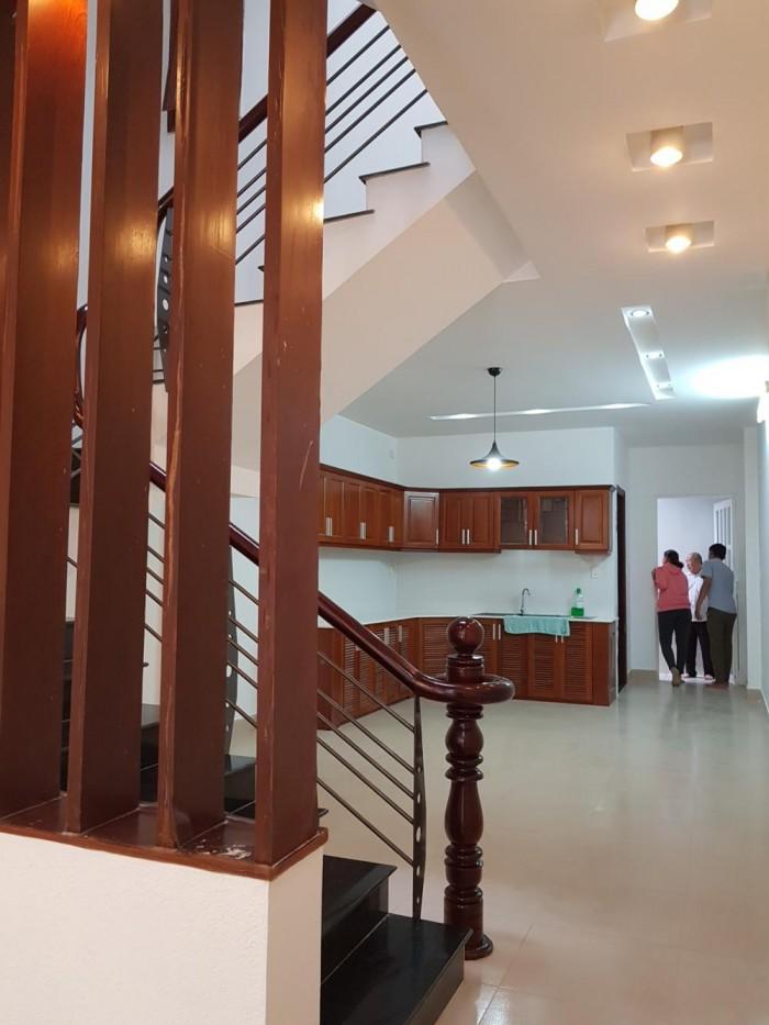 Bán Nhà mới đường Huỳnh Tấn Phát, Nhà Bè, dọn vào ở ngay, diện tích 55m2, 2 lầu